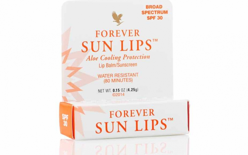 Forever Sun Lips: Moisturizing Aloe and Mint Lip Balm